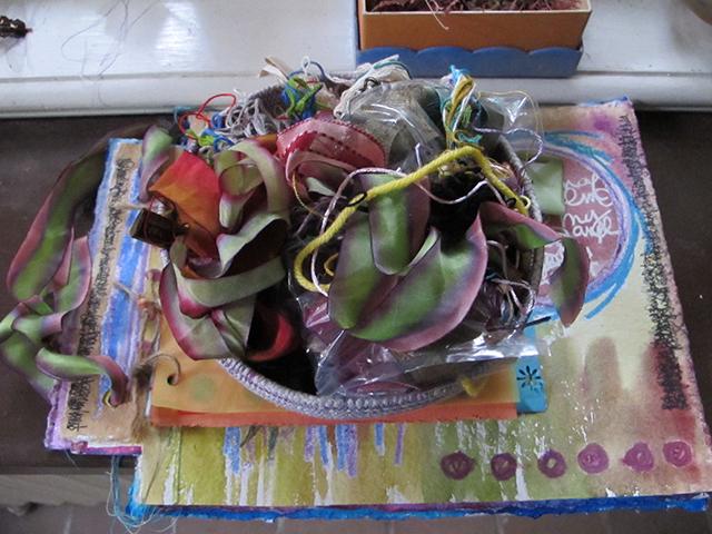 mandala-listen-studio-ribbons-blog-linda-wiggen-kraft