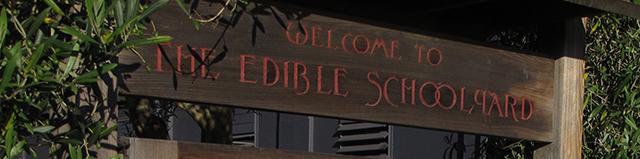 edible-schoolyard-welcome-sign-blog-linda-wiggen-kraft-blog
