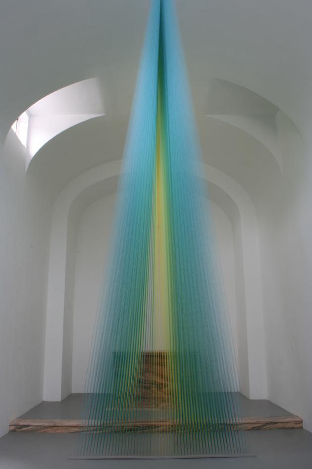 Artist Gabriel Dawe creates rainbow light with thread art in St. Louis art installation
