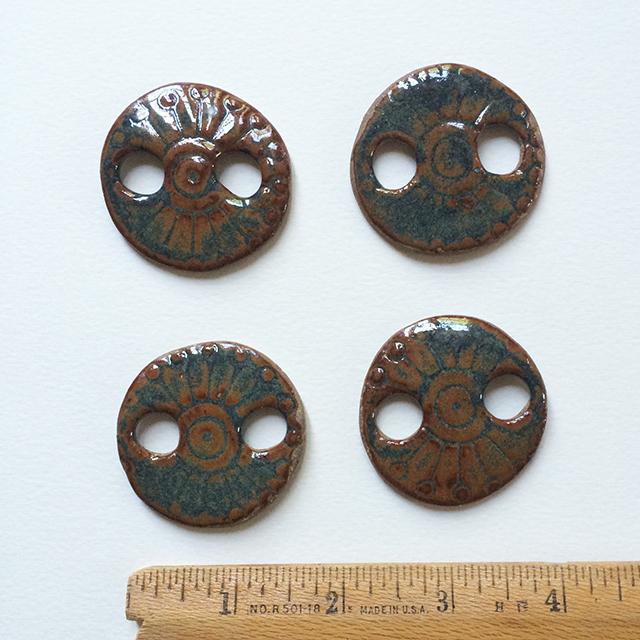 buttons-blue-brown-by-linda-wiggen-kraft-blog