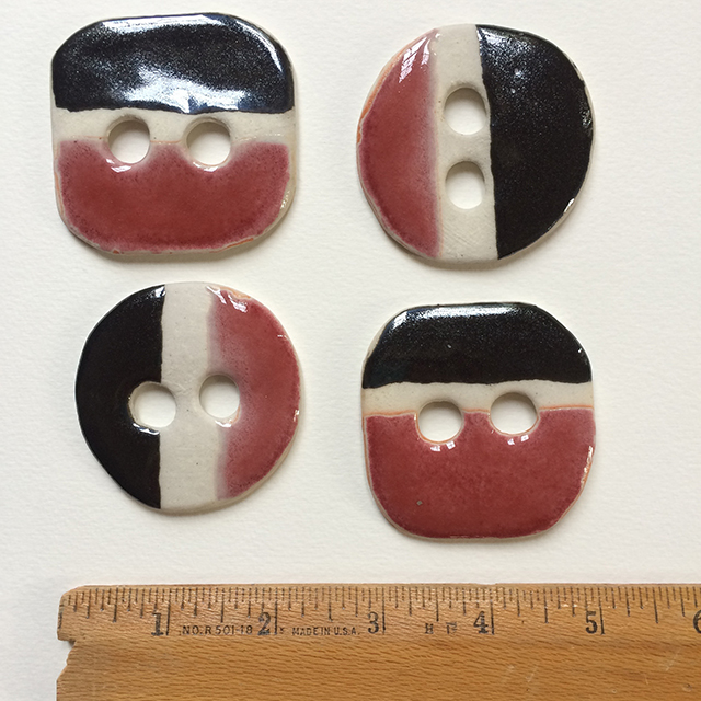 buttons-red-white-black-1-by-linda-wiggen-kraft-blog
