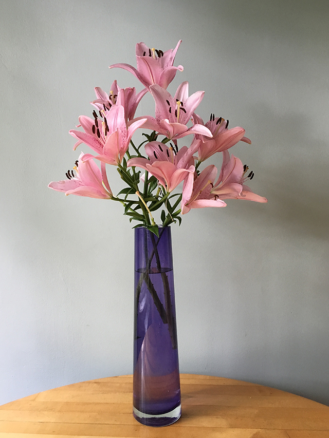 flowers-in-vase-6-blog-creativity-for-the-soul-blog