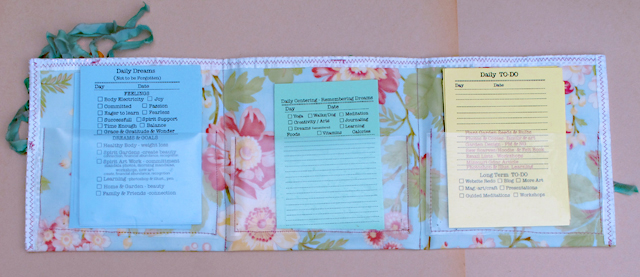 organizer with daily dream, daily centering and daily to do sheets by linda wiggen kraft